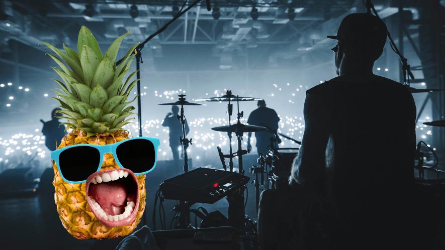 Band performing and screaming pinapple