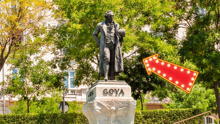 Statue of Goya with arrow
