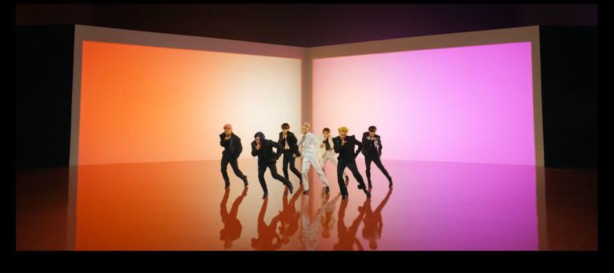 BTS dancing