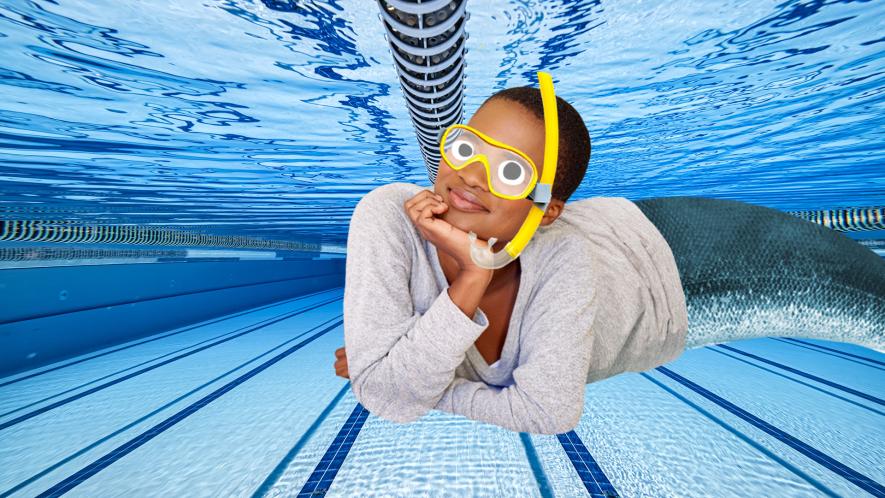 Beano Mermaid in pool
