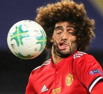 Fellaini football in the face