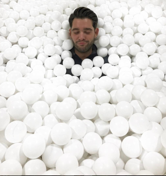 Jonny Mitchell having a nice bath in some balls