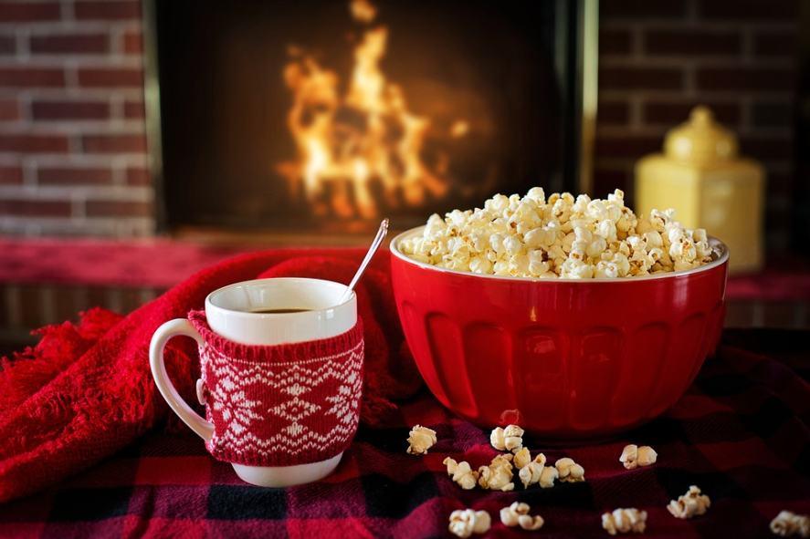 Popcorn and hot chocolate Christmas Quiz