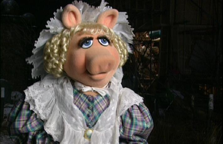 Miss Piggy Christmas Movie Quiz