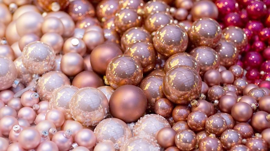 Christmas Song Quiz - Baubles