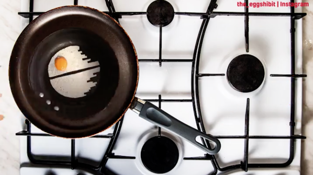 A Death Star shaped fried egg –perfect for any hungry Star Wars fan!