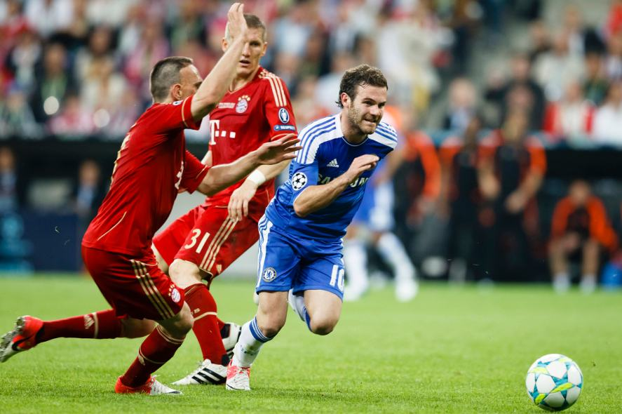 Juan Mata of Chelsea (r), Bastian Schweinsteiger (m) and Franck Ribey (l) of Bayern during FC Bayern Munich vs. Chelsea FC UEFA Champions League Final game at Allianz Arena on May 19, 2012 in Munich