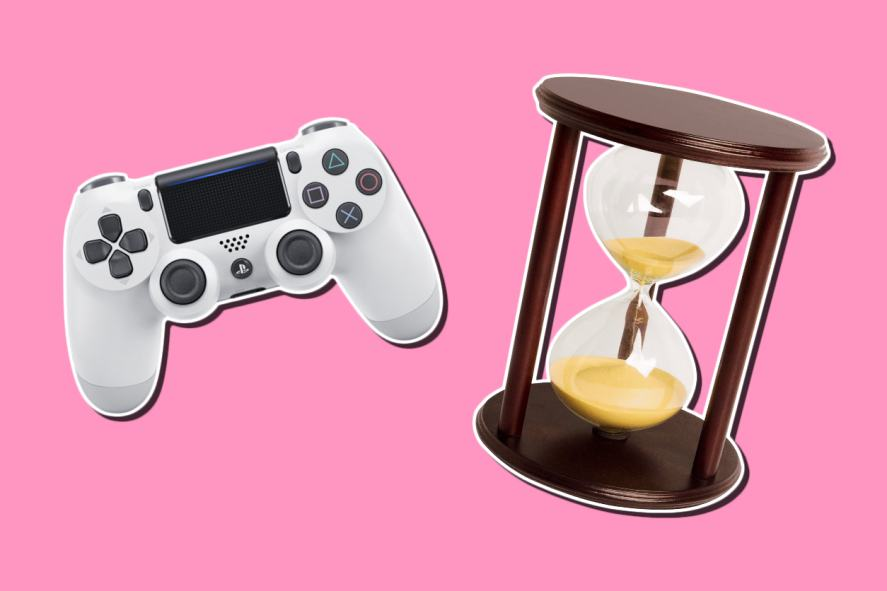 A PS4 controller and an hourglass