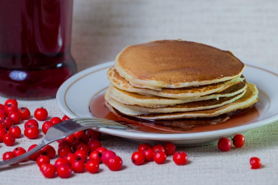 A mountain of pancakes