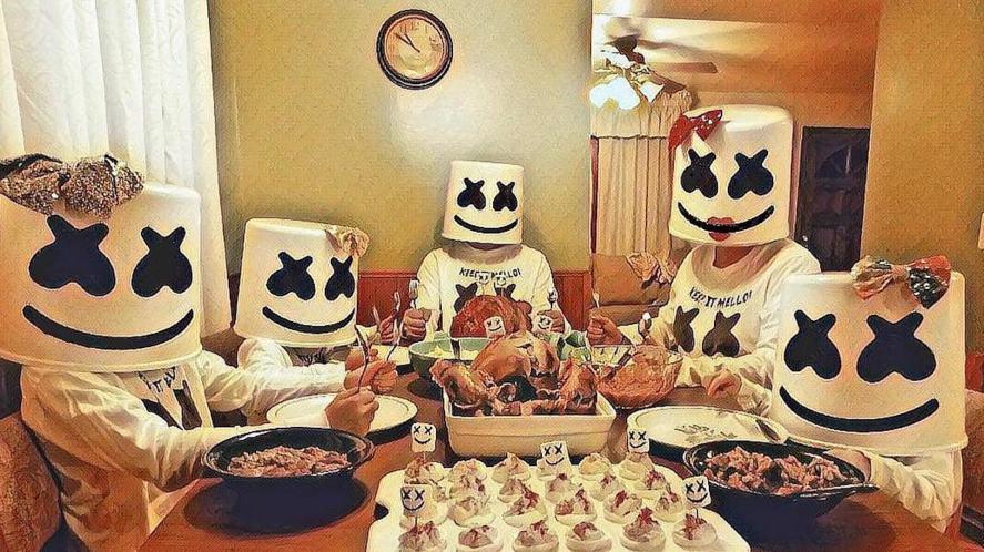 DJ Marshmello and family have a Sunday dinner