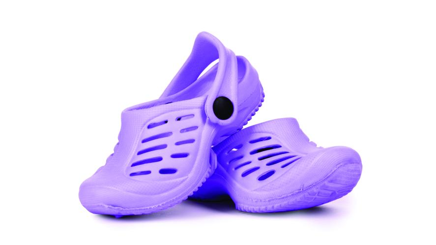 Kid's purple sandals