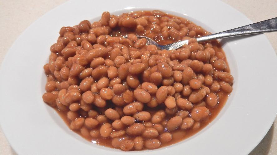 A plate of beans