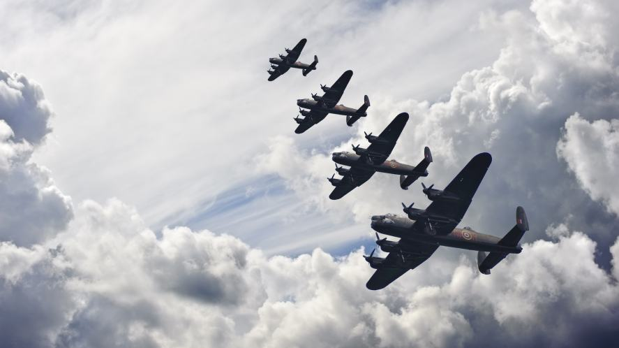 Planes flying in formation during the Battle of Britain