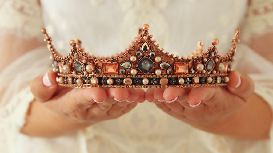 A fancy crown