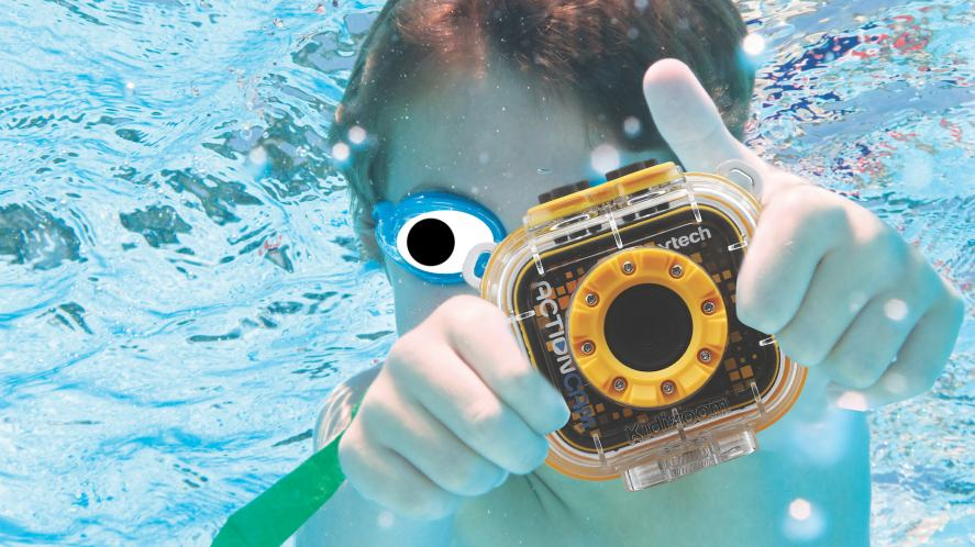 A close up of the VTech action cam underwater