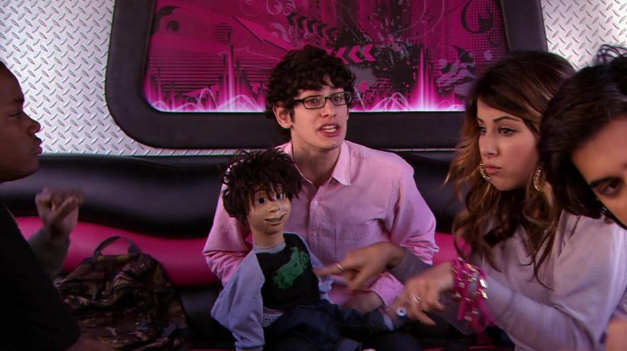A scene from the Nickelodeon show, Victorious