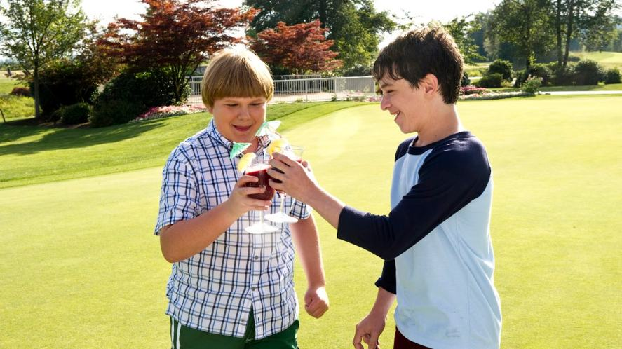 Rowley and Greg in Diary of a Wimpy Kid: Dog Days