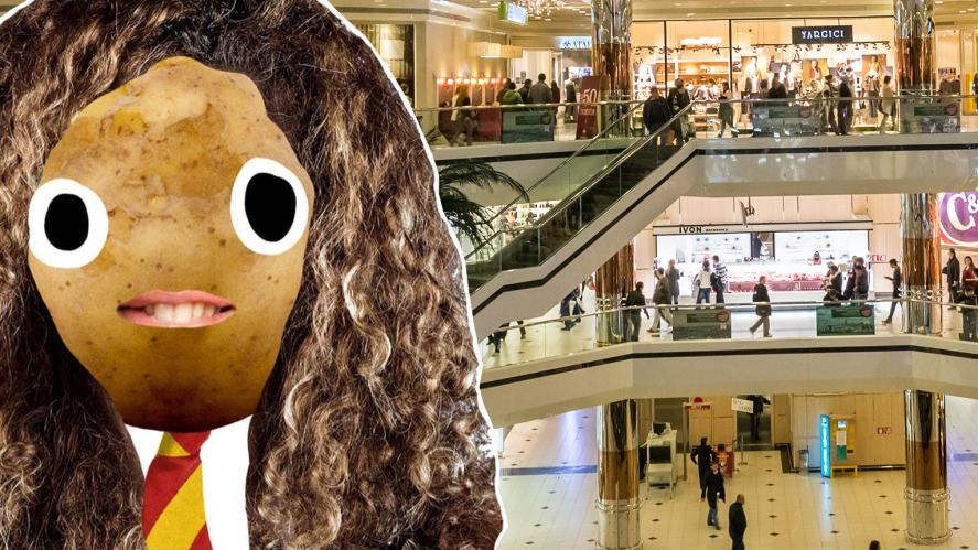 Hermione in a shopping centre