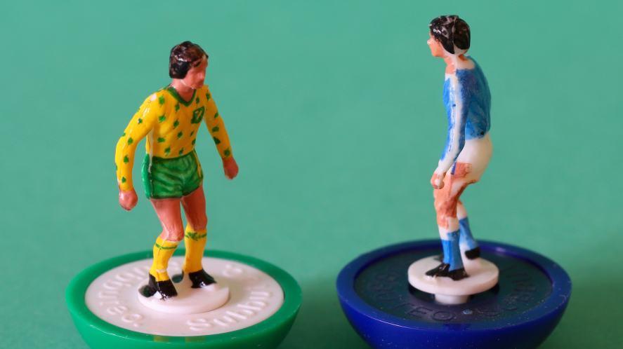 Subbuteo players