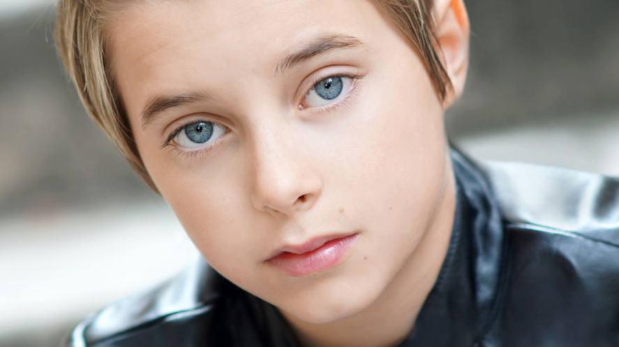 Gavin Magnus