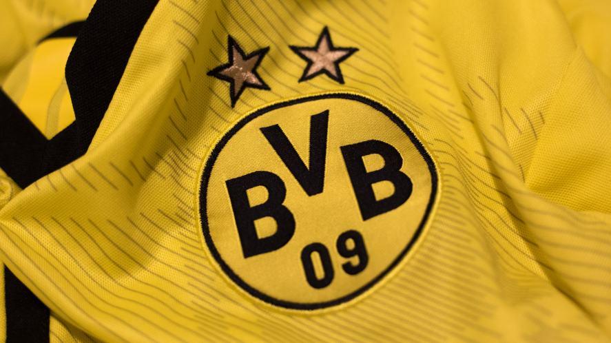 A yellow BVB shirt