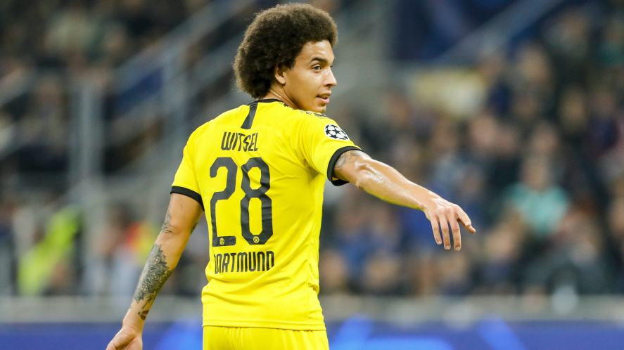 Axel Witsel playing for Borussia Dortmund