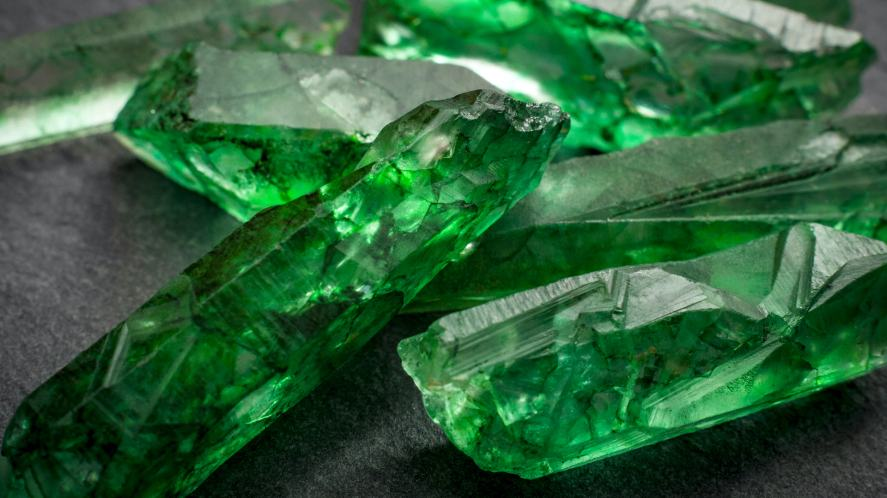A mysterious green mineral