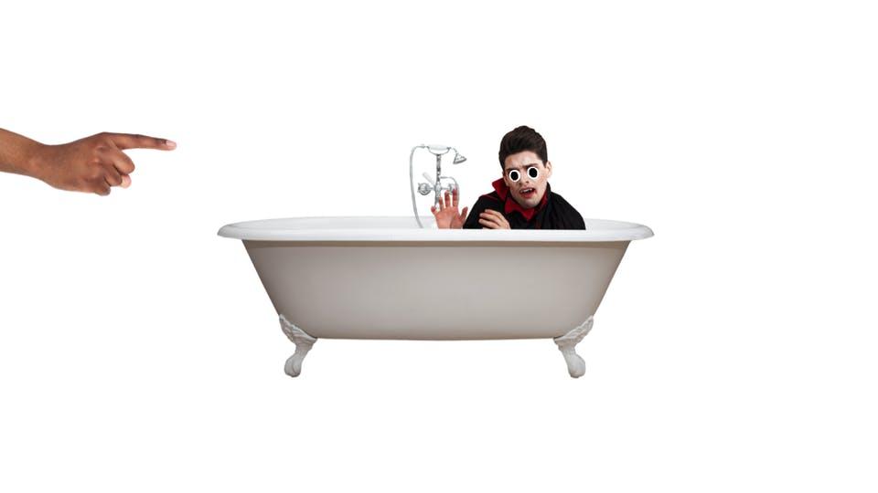 Dracula in the bath