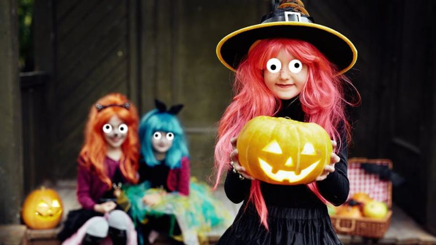 Girls dressed as witches