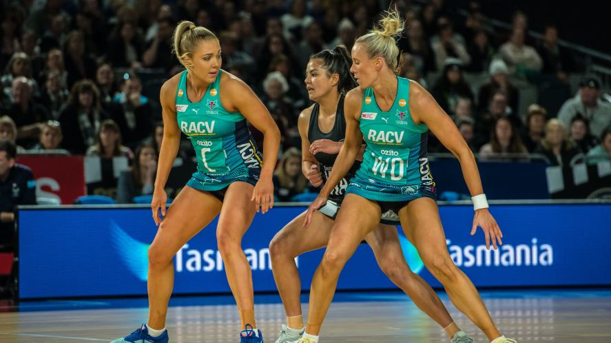 Collingwood Magpies Netball v Melbourne Vixens
